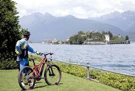 Scopri il lago maggiore in bicicletta